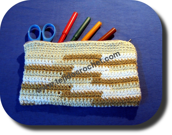 Cartuchera tejida a crochet
