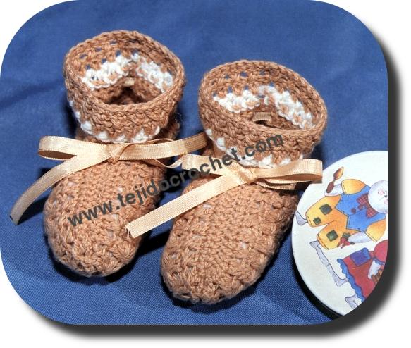 Escarpines para bebe en tejido crochet