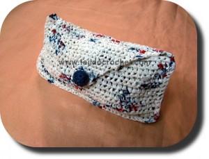 Portacosmeticos tejido a crochet