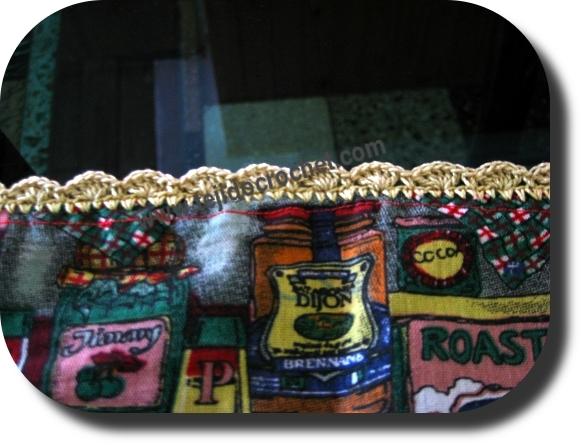 Detalle de la puntilla a tejida a crochet