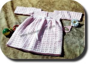 Vestido bebe tejido a crochet