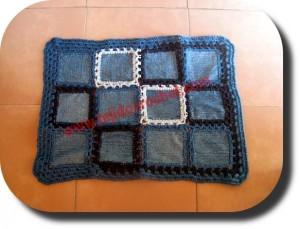 Alfombra jeans y tejido crochet