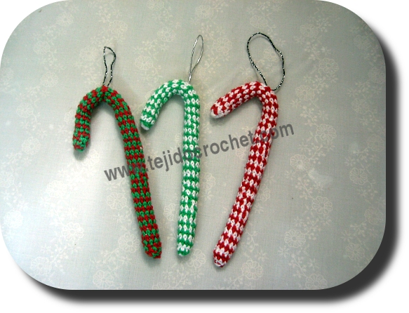 Baston de navidad en tejido crochet