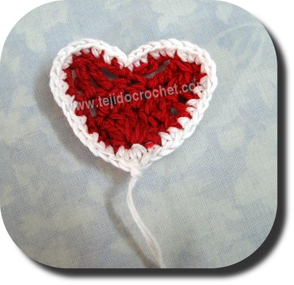 Corazoncito en tejido crochet